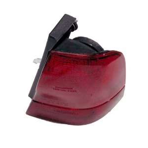 QP F6130 a Ford Thunderbird Passenger Tail Light Lens