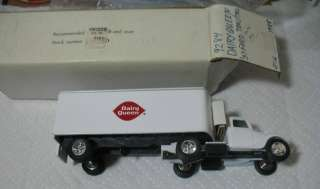 Ertl 1937 Ford Tractor Trailer Truck Dairy Queen Limited Edition Bank