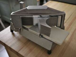 NEMCO Heavy Duty Commercial Kitchen Tomato Slicer 55600 Stainless
