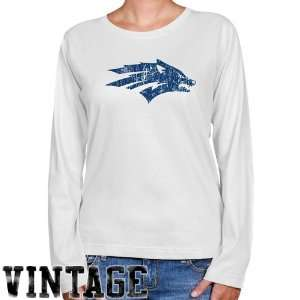 Nevada Wolf Pack Ladies White Distressed Logo Vintage Long