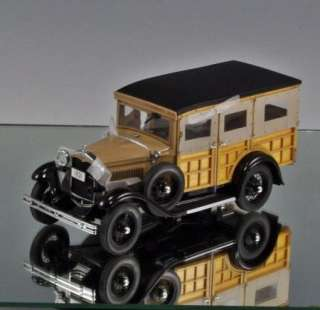 Danbury Mint Die cast car 1931 Ford Model A Station Wagon Woody