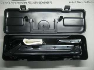 LandRover Freelander 02 03 Spare Tire Jack Lug Chock Tool Kit Set Box