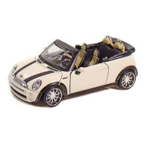 Mini Cooper 1/24 White Toys & Games