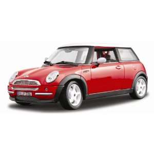 2001 Red Mini Cooper   Gold Collection 118 Toys & Games